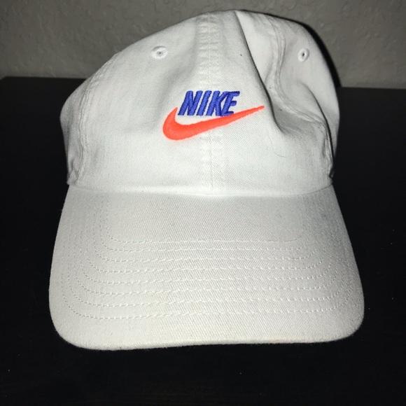 f9f1692b Nike Dad Hat. M_5bfb73b61b32948a7ecaf457. Other Accessories ...